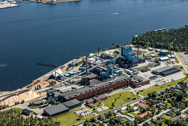 Vybild över Obbola pappersbruk, Umeå. Obs! Ange foto: Bergslagsbild vid publicering.